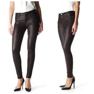 7FAM Size 28 Seamed Skinny Crackled Leather-like